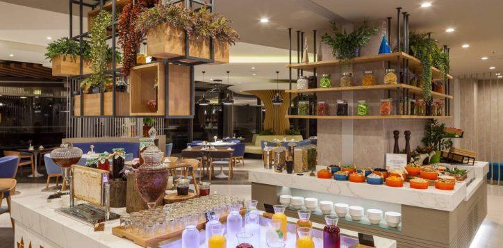 novotel_zeytinburnu_restaurant-buffet-2