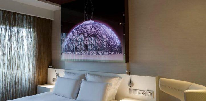 deluxe-kamer-1-queen-size-bed
