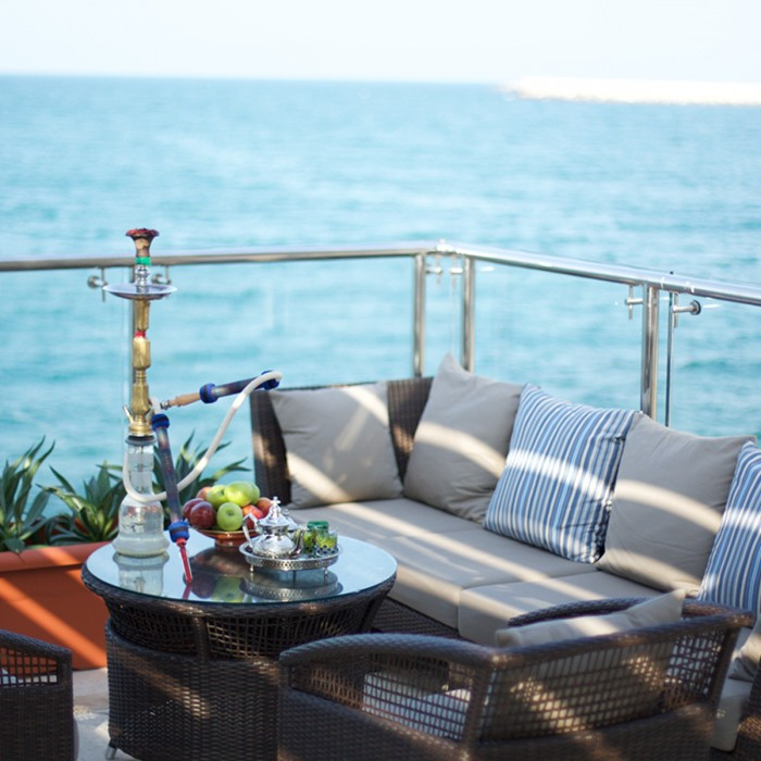 amouage-lounge-terrace