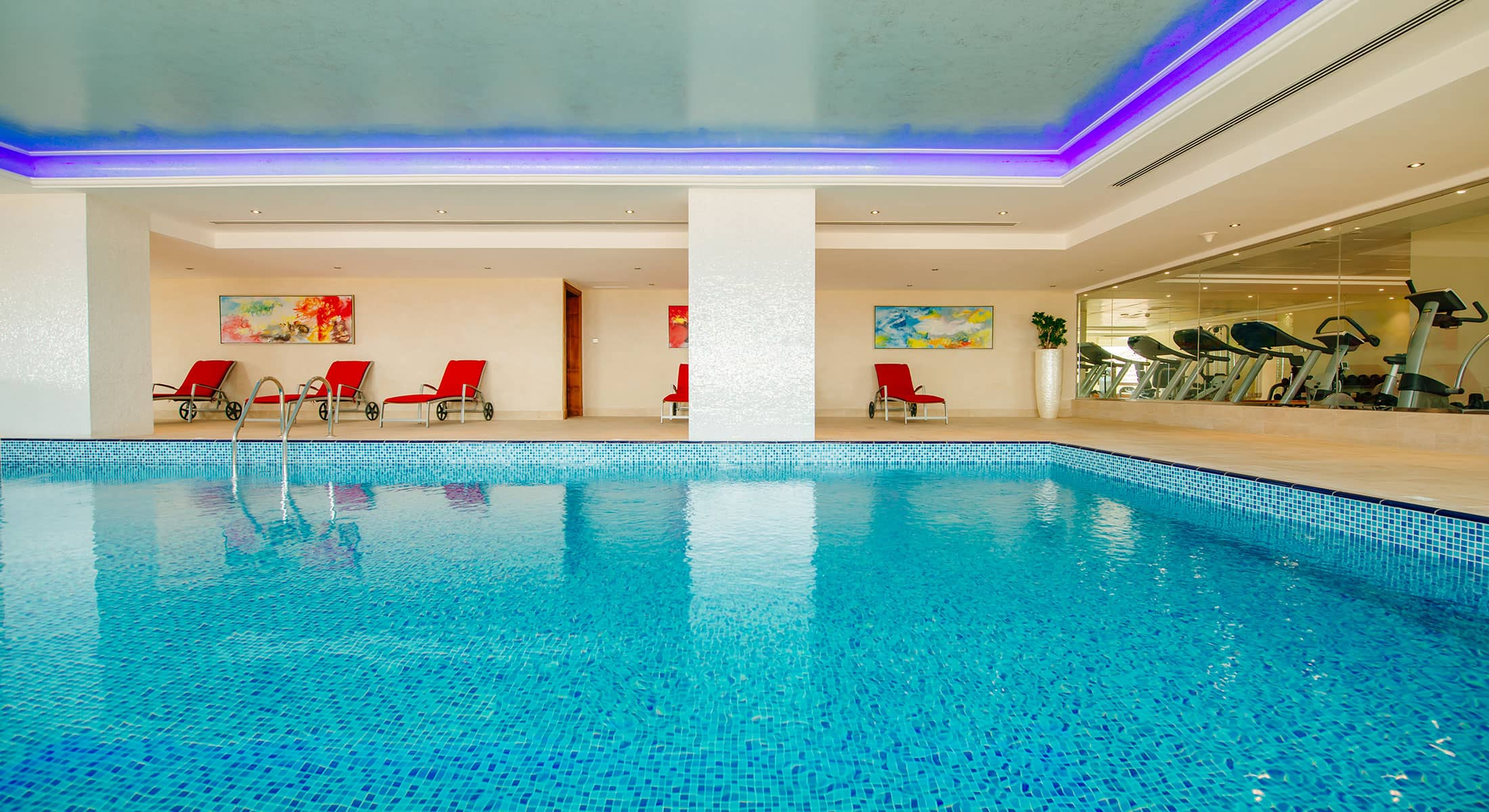 gym-indoor-pool