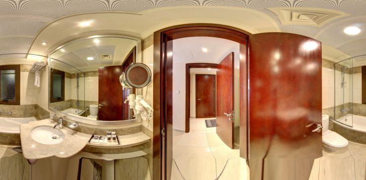 modern-2-br-master-bathroom