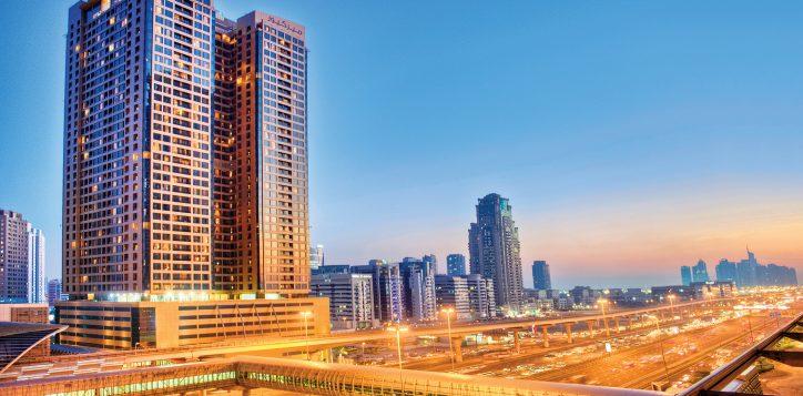 150dpi-landscape-shaikh-zayed-road04-exterior-mercure