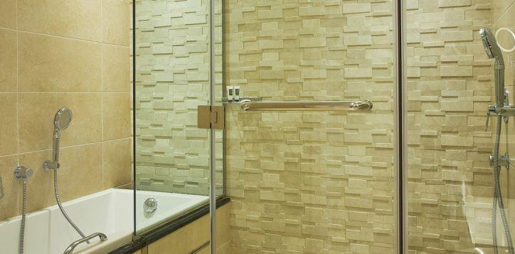 mercure-bathroom-1