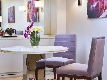 deluxe-suite-one-bedroom-twin-skyline-view