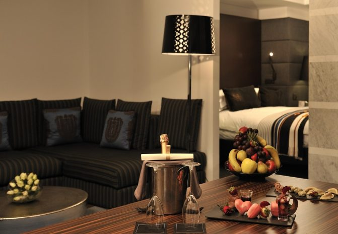 the-rooms-suites