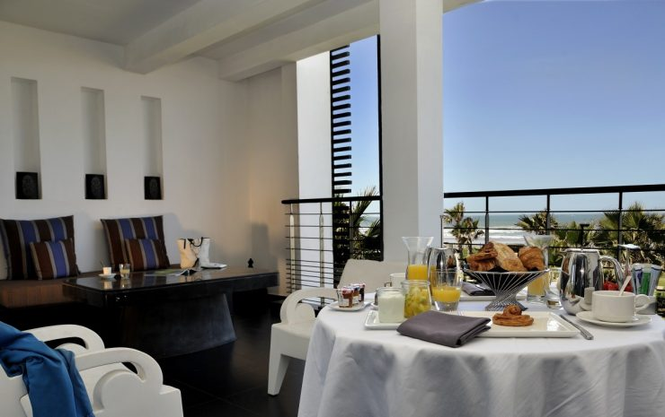 prestige-suite1-king-size-bed-frontale-ocean-view