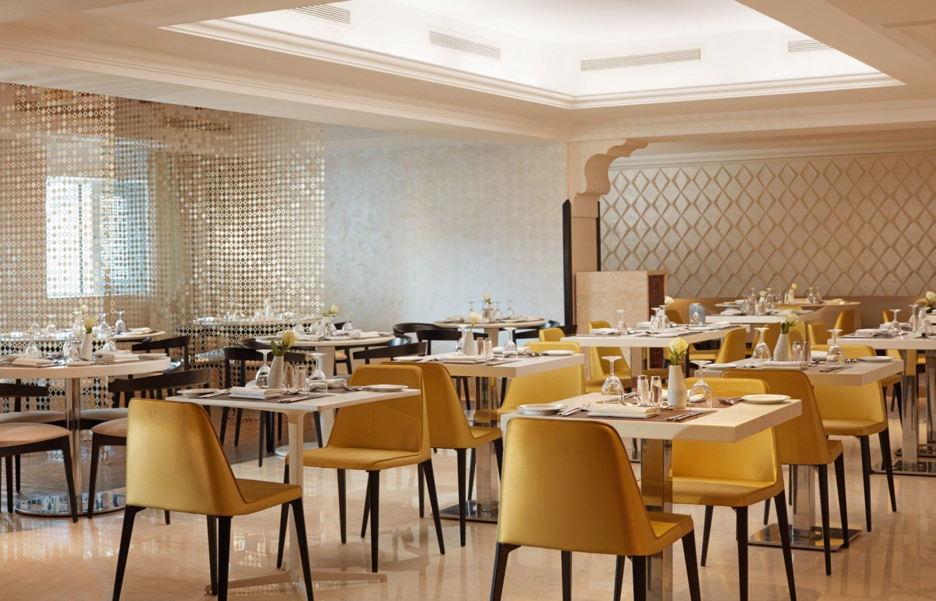 Yasmin restaurant (2) (Copier)
