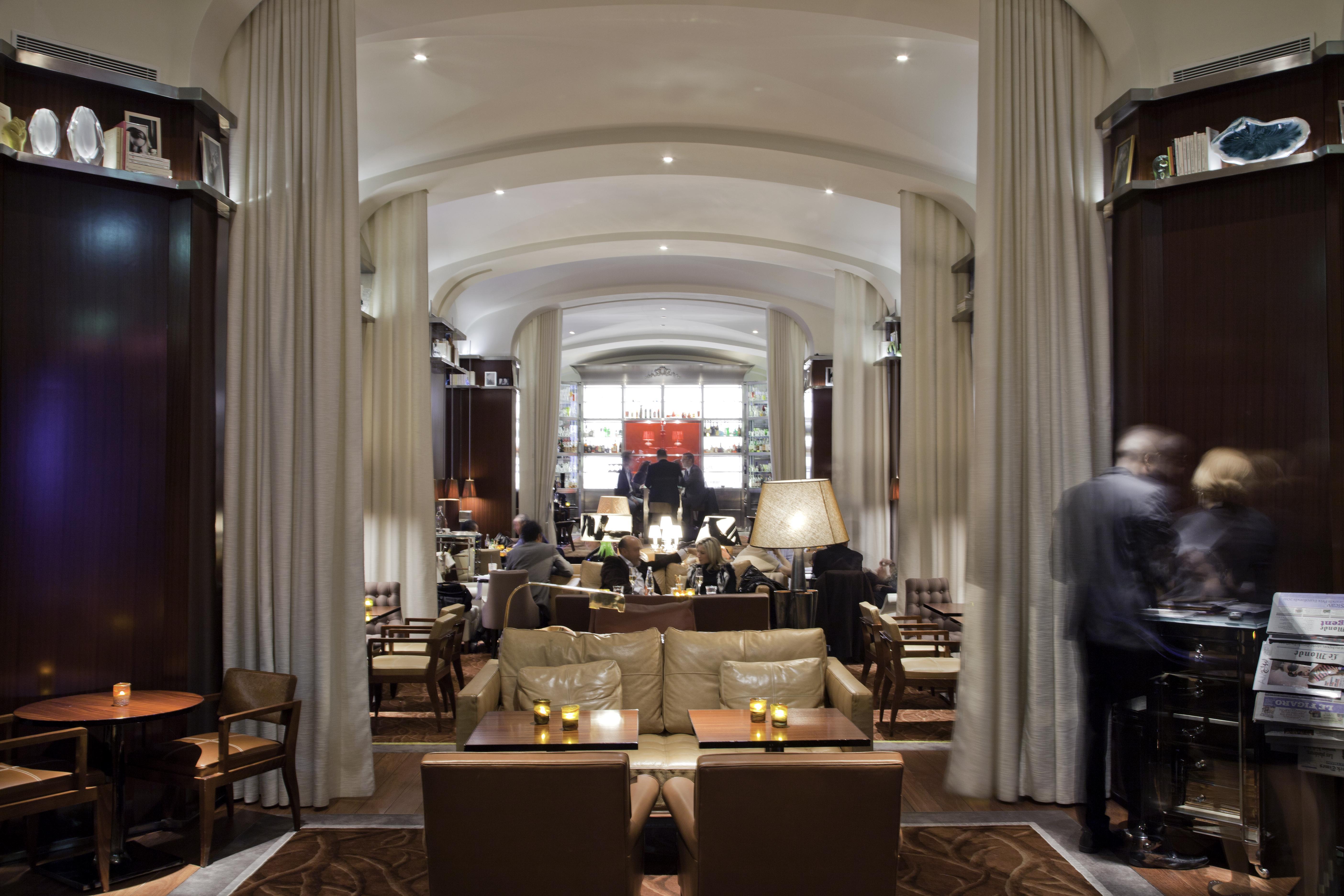 Le Bar Long Hotel Cocktail Bar Le Royal Monceau