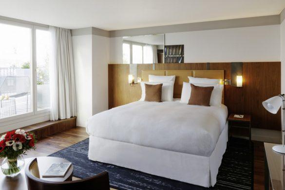 deluxe-terrace-suite
