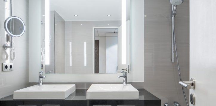 pullman_berlin_schweizerhof_deluxe_suite