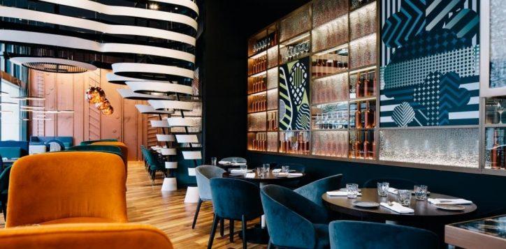 pullman_t2_still_restaurant_low_2473