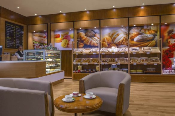 french-bakery-corner