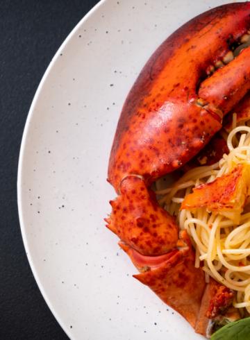 boston-lobsters-at-parmigiana-restaurant