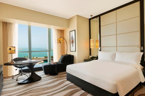 luxury-room-club-sofitel-club-millesime-access-1-king-bed-sea-view