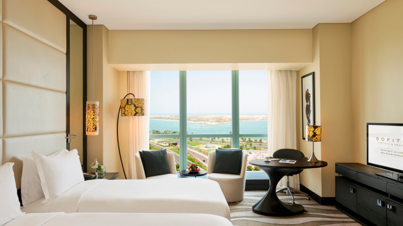 luxury-room-club-sofitel-club-millesime-access-2-single-beds-sea-view