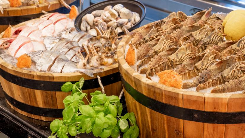 seafood-souq-at-corniche