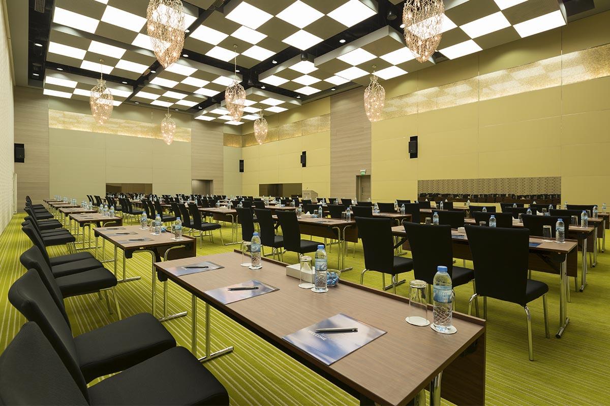 al-bustan-ballroom